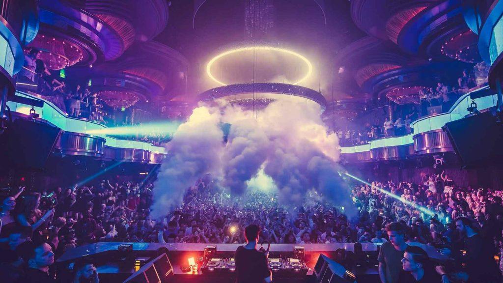 omnia-nightclub-dancefloor-dj-pov
